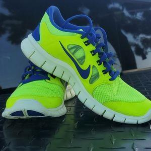 Nike Free 5.0 running shoes youth 5 men's 5 W 96.5